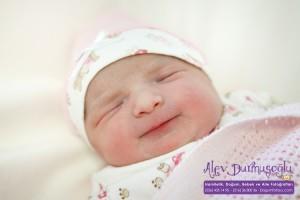 Bade Etleç Doğum Fotoğrafları