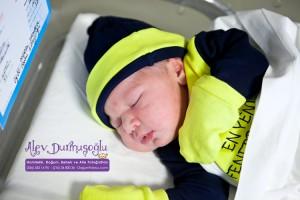 Can Yalçın Doğum Fotoğrafları