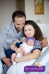 Demir İşbaralı Doğum Fotoğrafları