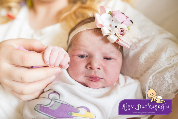 Aybike'nin Doğum Hikayesi – Doğum Fotoğrafları & Filmleri