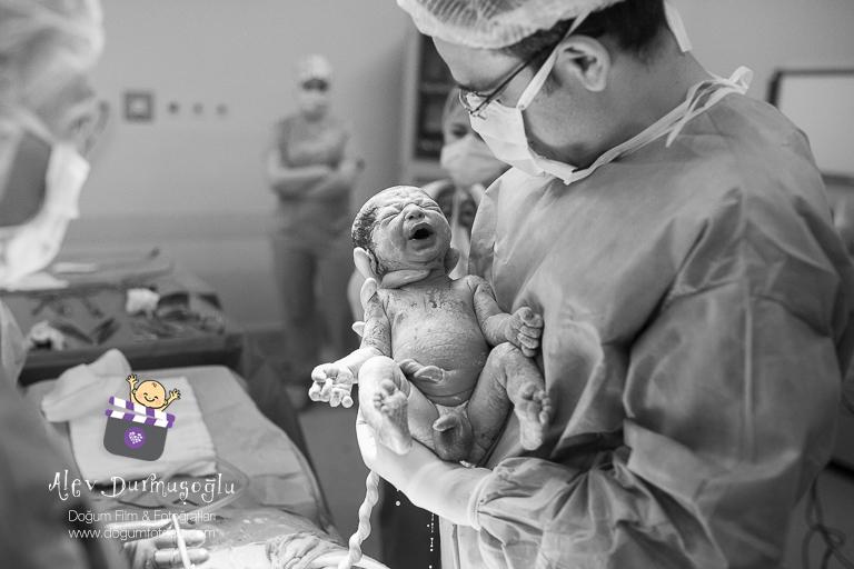 Aslan'ın Doğum Fotoğrafları